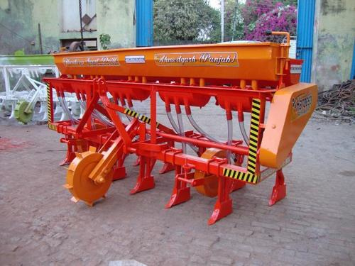 Seed cum fertilizer drill 13 tyne