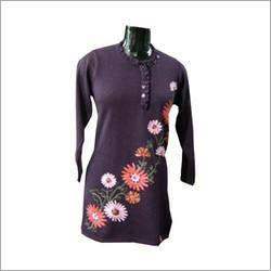 Ladies Floral Embroidered Kurti