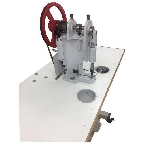 Snap Button Attaching Machine