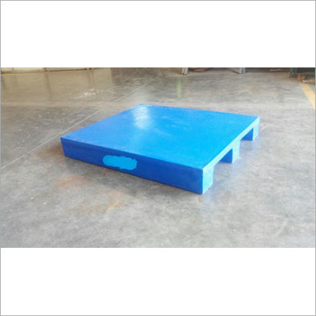 Roto Moulding Pallet 2 way entry 3 runner