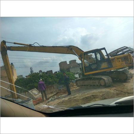 Komatsu Long Boom Excavator for hiring