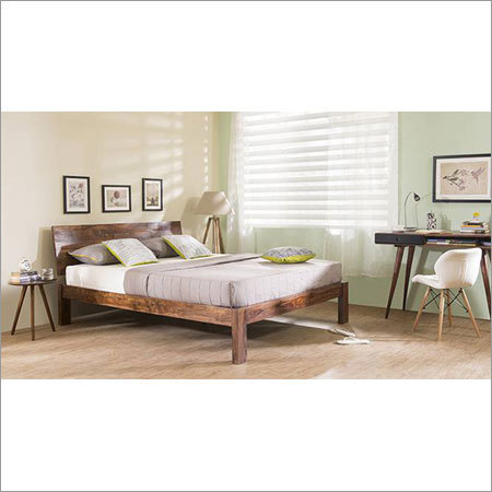 High Classic Wooden Bed