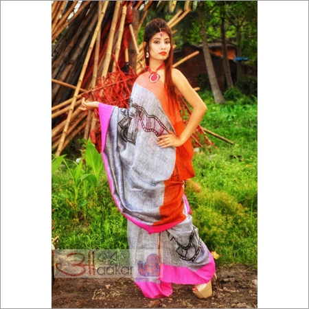 Ladies Handloom Linen Saree With Hand Painted Camera Motif