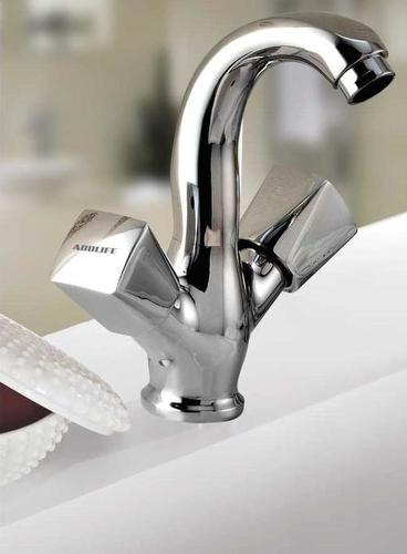 Center Hole Basin Mixer