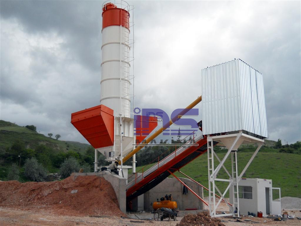 Dry Type Portable Concrete Batching Plants