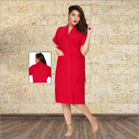 Ladies Red Color Knitted Bathrobe