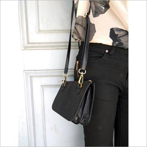 Vogue Black Crossbody Bag