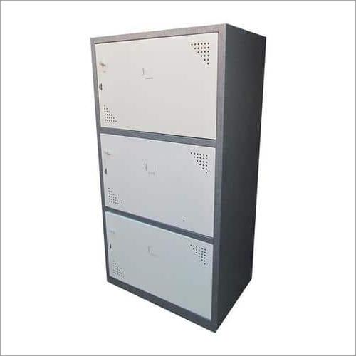 3 Doors Lockers