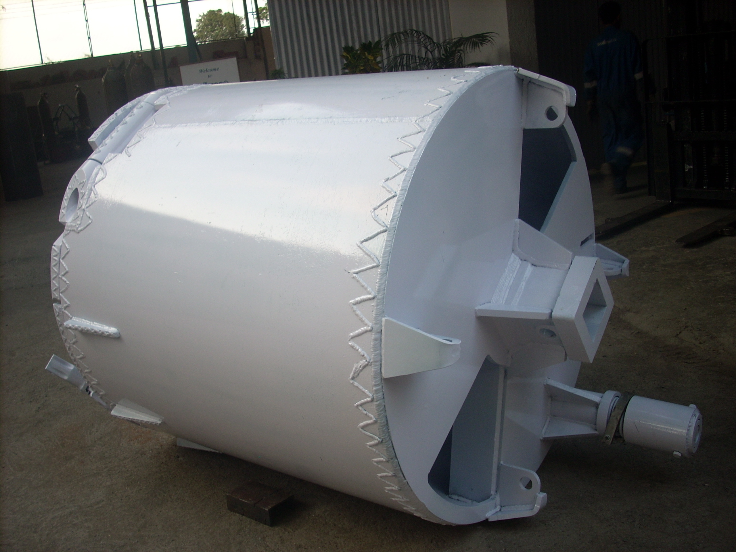 CONICAL SOIL BUCKET