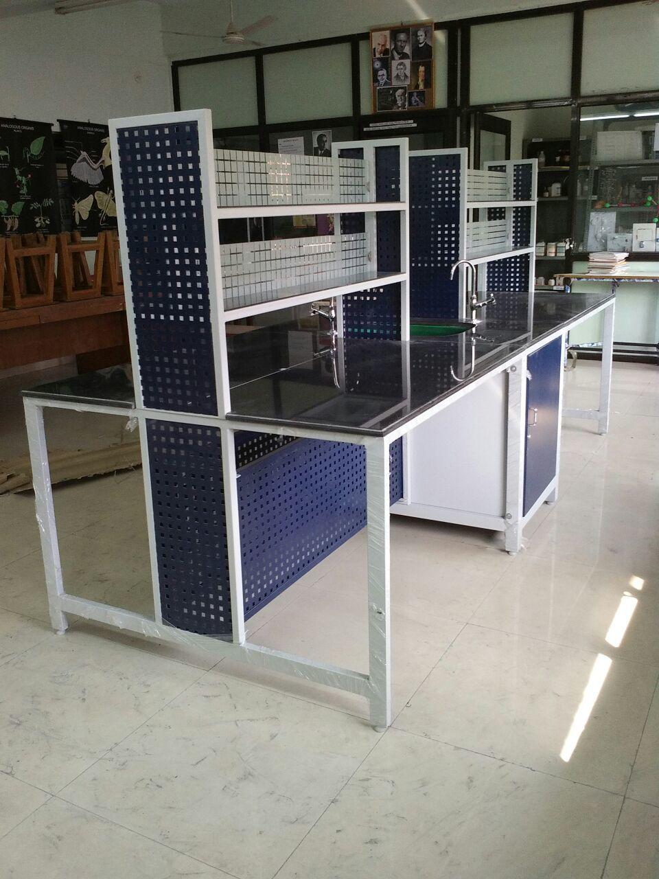 Lab Tables