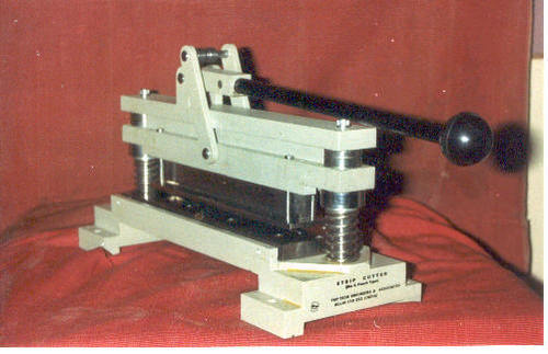 Punch and Die Cutter (For Tensile Test)