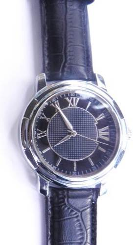ALLOY CHROME CASE WRIST WATCH