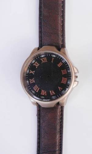 ALLOY COPPER CASE WRIST WATCH