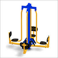 Leg Press Four Person (Outdoor)