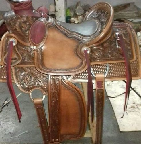 Synthetic Western Saddles