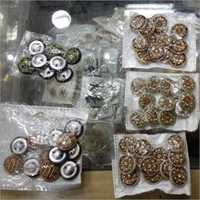 Borders Embroidery Buttons