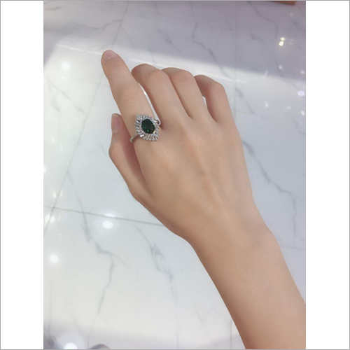 Ladies Finger Stone Ring