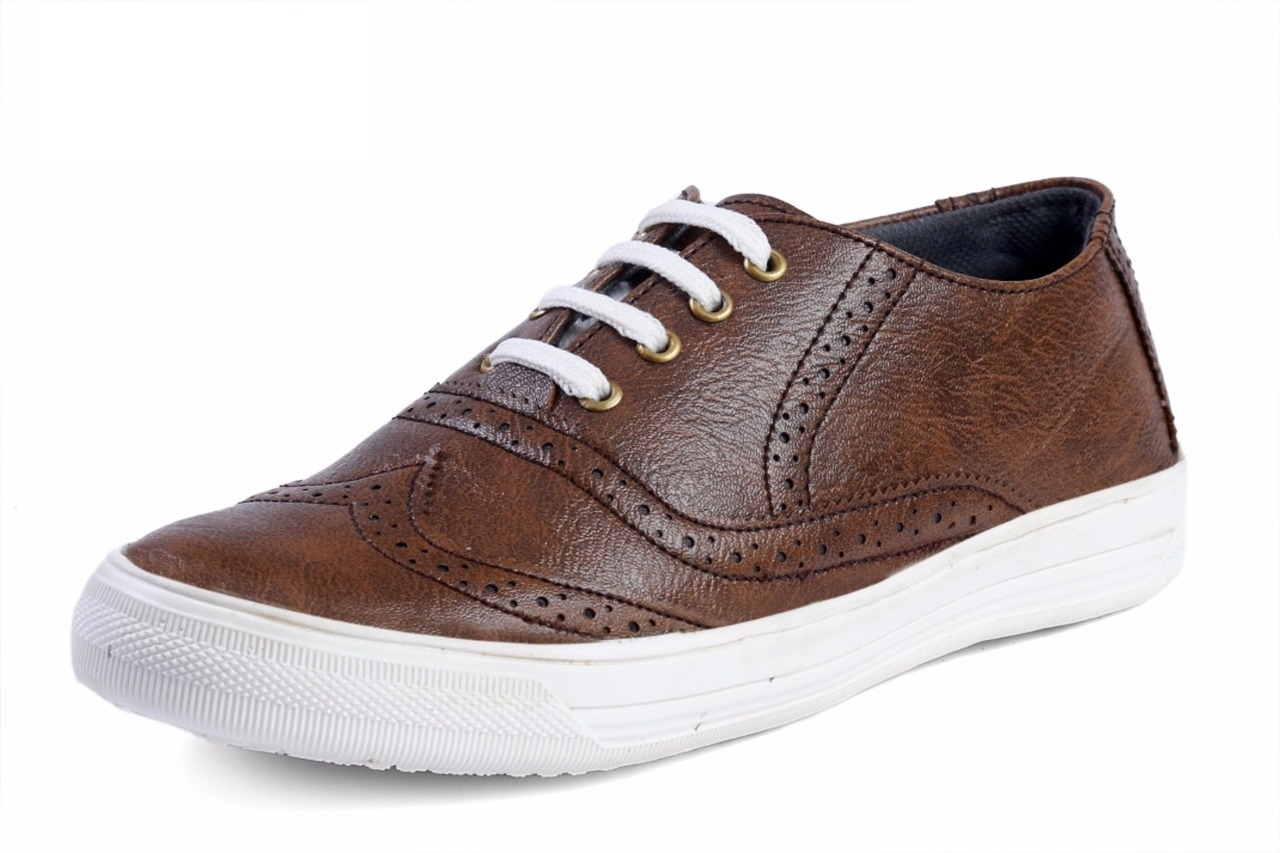 HIGHLY FASHIONABLE CASUAL SHOES FOR MEN'S