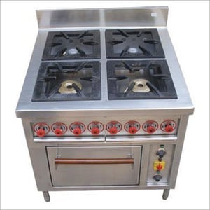 4 Bay Burner With Oven