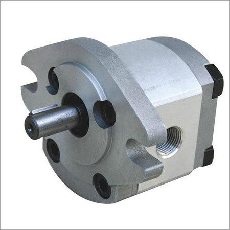 Hydraulic oil pump