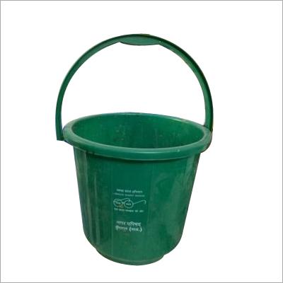 20 litre plastic bucket