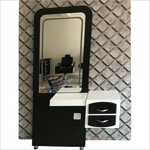 Beauty Salon Mirrors