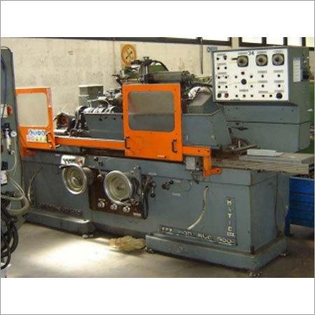 Industrial Cylindrical Grinder Machine