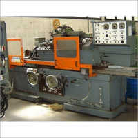 Industrial Cylindrical Grinder Machine