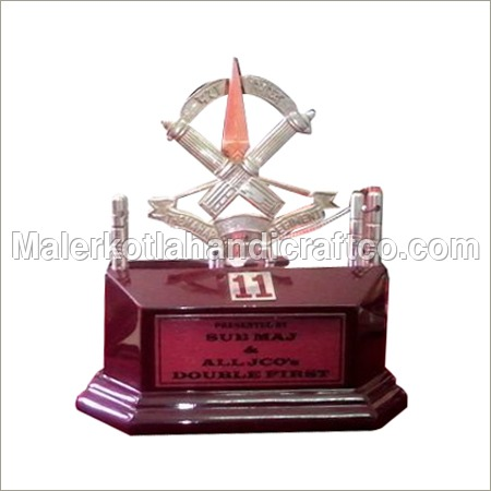 Trophies & Souvenir Mementoes