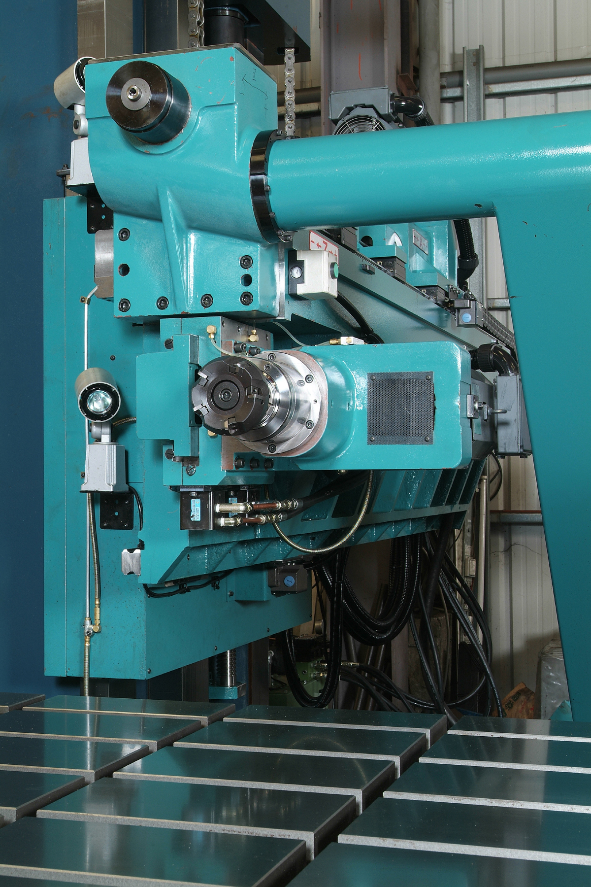 Molds Drilling Machine