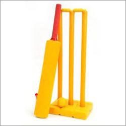 Cricket Bat with Stumps