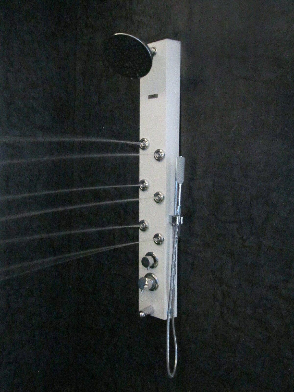 CLYDE Shower Panel