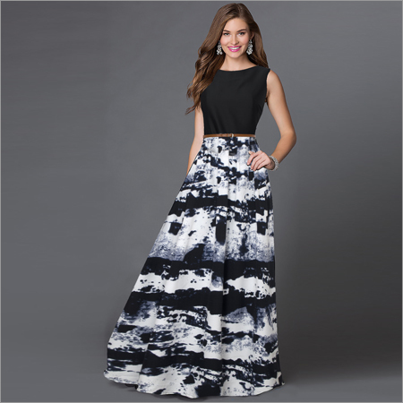 Ladies Jeny Black Gown