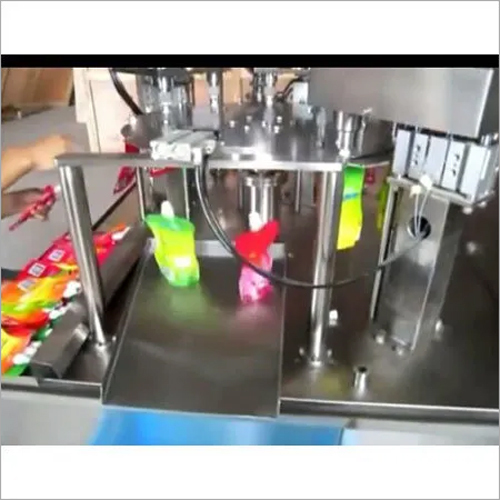 Automatic Spout Pouch Capping Machine