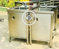 STAINLESS STEEL SINKS WITH STORAGE