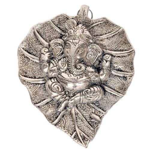 Leaf Design Ganesha Statue