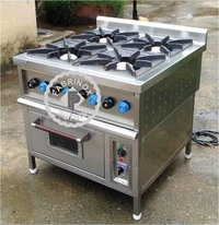 STAINLESS STEEL FOUR BURNER RANGE WITH OVEN