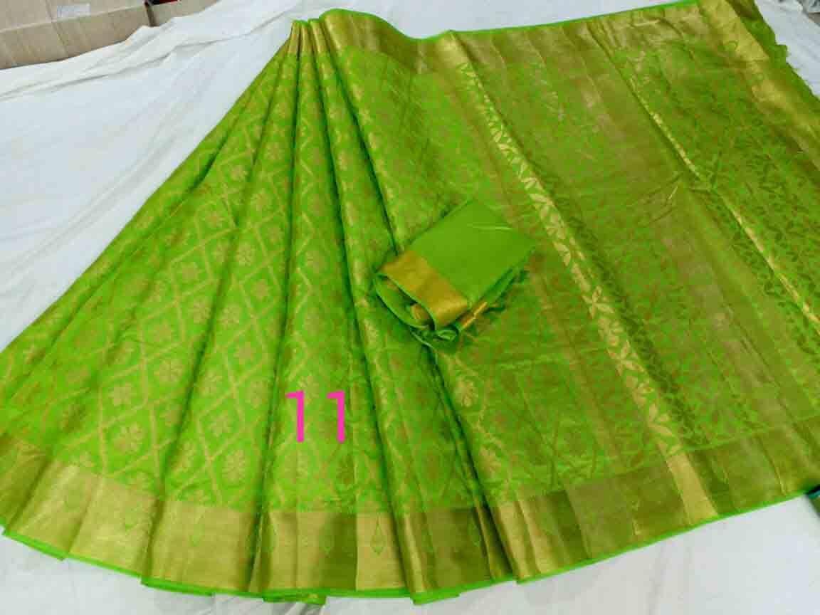 Art silk Ikkat weaved jari rich pallu with running plain blouse attached
