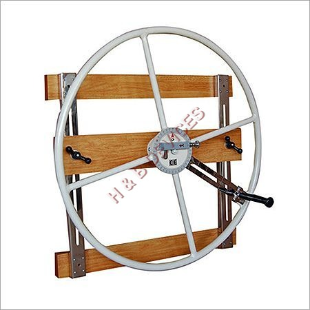 Shoulder Wheel Large Wall Mounting