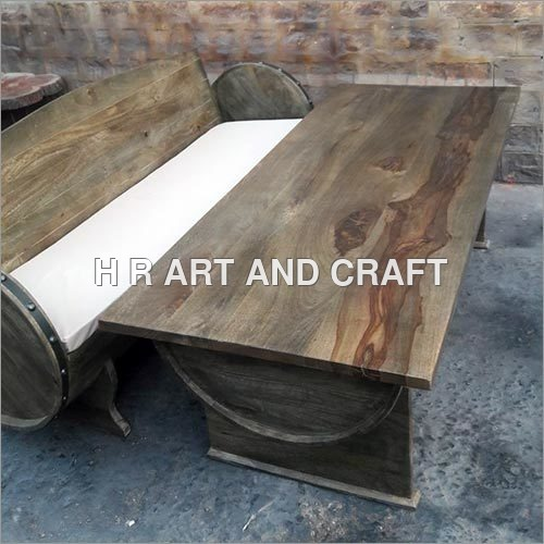 Barrel Range Sofa and Table in English Color