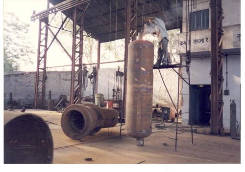 Seal Oil Storage Tank