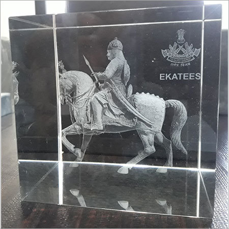 3D Crystals Statue Engraved