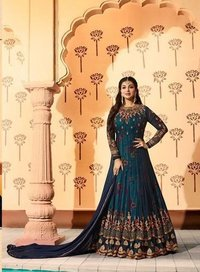 Indian long salwar kameez
