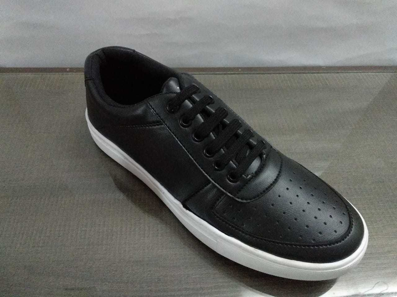 STYLISH FASHIONABLE CASUAL SHOES FOR MEN'S ON TPR SOLE