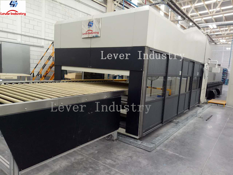 Automobile Rear Windwon Glass Tempering Furnace