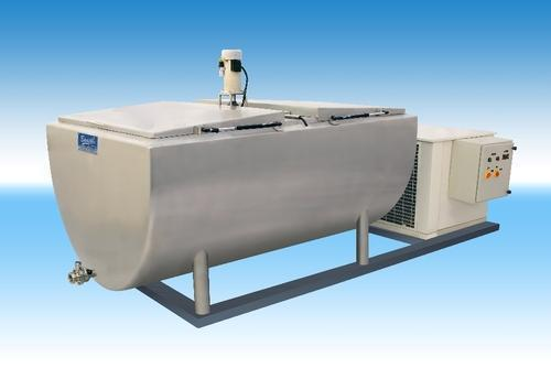 Large Bulk Milk Cooler