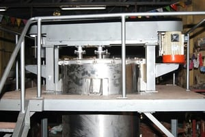 High speed mixer with single motor