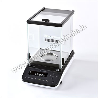 Analytical Balance with 21 CFR Compliant