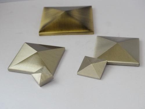 Pyramid Mirror Cap