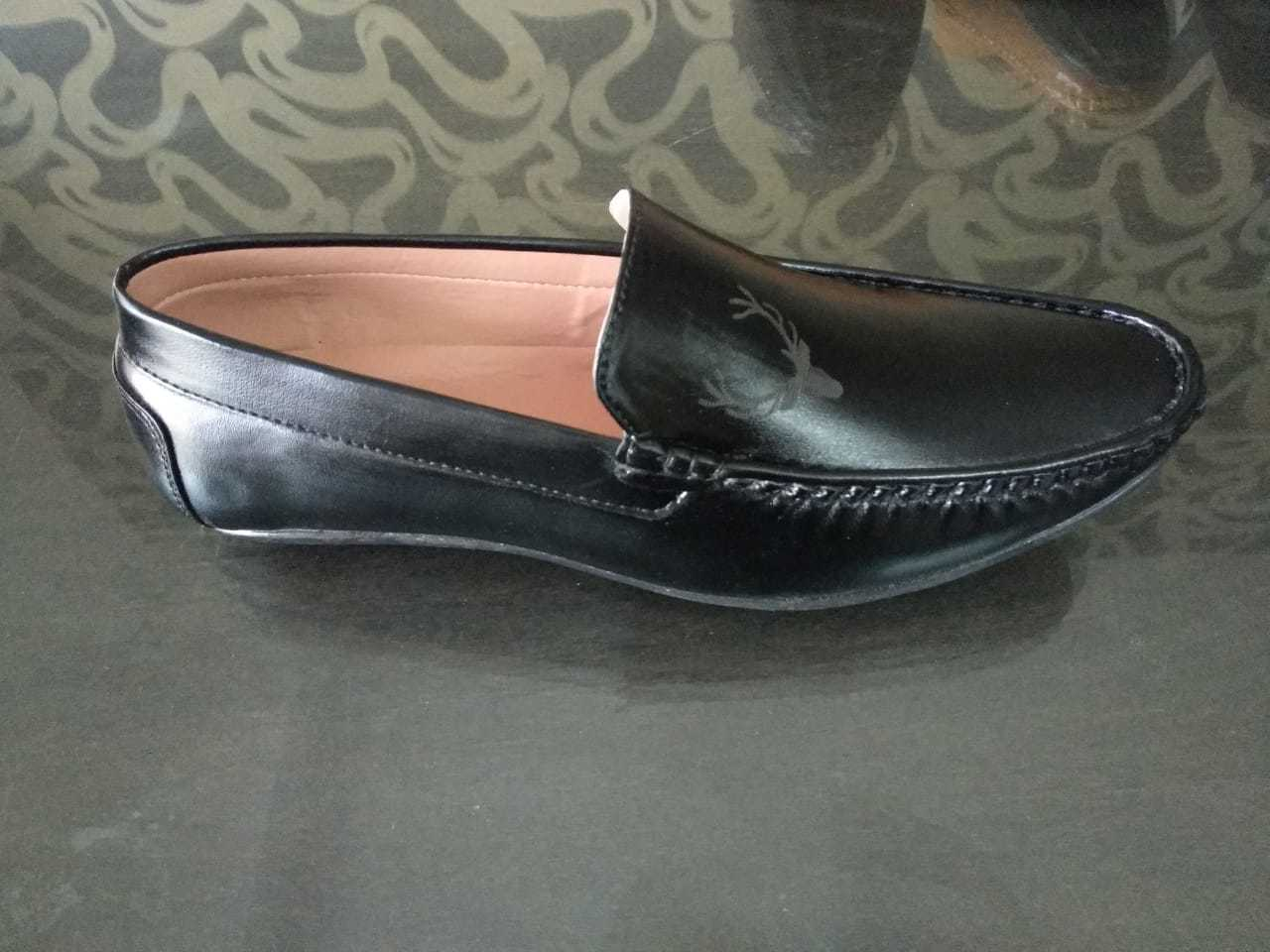 CASUAL LOAFERS SHOES FOR MEN'S IN BLACK COLOUR